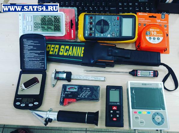 На фото товары из ассортимента компании лем в Новосибирске мультиметр,спиртометр,штангенциркуль,весы,металлоискатель,ру  летка,вольтметр,омметр,метеостанция, тестер батареек, тестер, лазерный дальномер которые Вы можете выбрать в нашем прайс листе